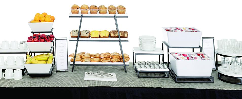 Cerve Concierge Breakfast - White and Black