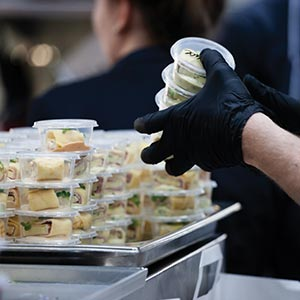What foodservice providers need to know about the 2021 labor shortage